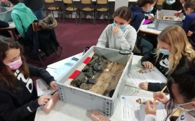 Des fouilles archéologiques observées par nos 6ème et 5è patrimoine et Latin