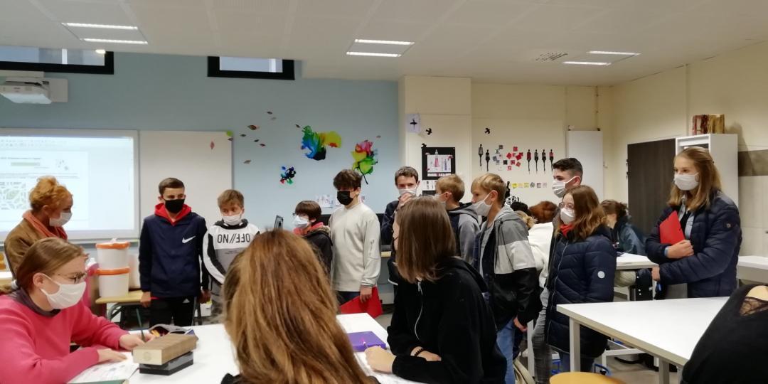 Visite du lycée professionnel de l'Immaculée Conception à Laval pour les élèves de l'option Accompagnement professionnel en 4è